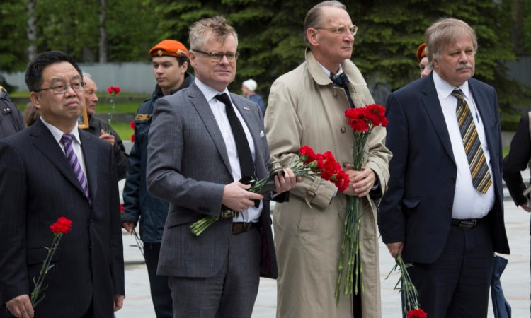 Representatives of the diplomatic corps in Yekaterinburg at the ceremony June 22, 2018