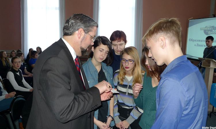 CG Michael Keays with high-school students