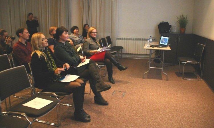 A digital video conference with Nina Murray, Health Officer at the Environment, Science, Technology and Health Section of the U.S. Embassy in Moscow