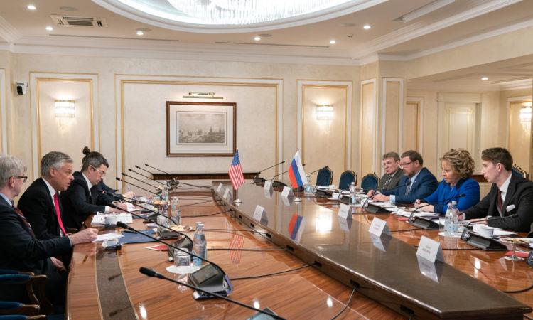 Посол США Джон Хантсман встретился с Председателем Совета Федерации РФ Валентиной Матвиенко в Москве